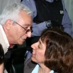JULIO FRANCISCO OVIEDO, con su hija y abogada defensora, CECILIA OVIEDO. Juicio 2008.