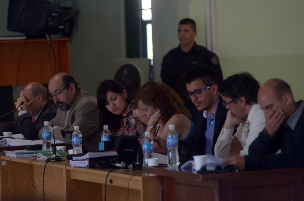 Fiscalía, Ivana Dal Bianco y Natalia Hormazábal (Ceprodh), Luis Sánchez y Juan Cruz Goñi (Apdh); Marcelo Medrano (secretaria de  Derechos Humanos de la Nación).